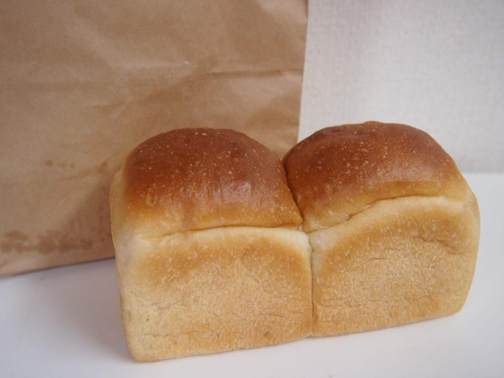 フレッシュ佐竹の食パン専門店5