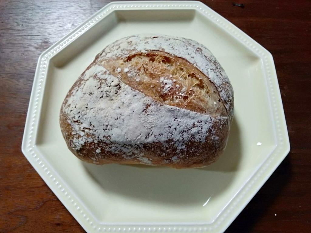 高岡市にパン屋オープン【月とカンパニオ】