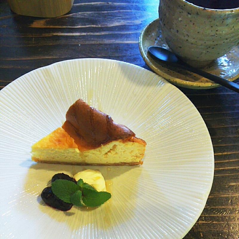 氷見市のカフェふらり( 風楽里 )で美味しいランチとブルーベリーを。