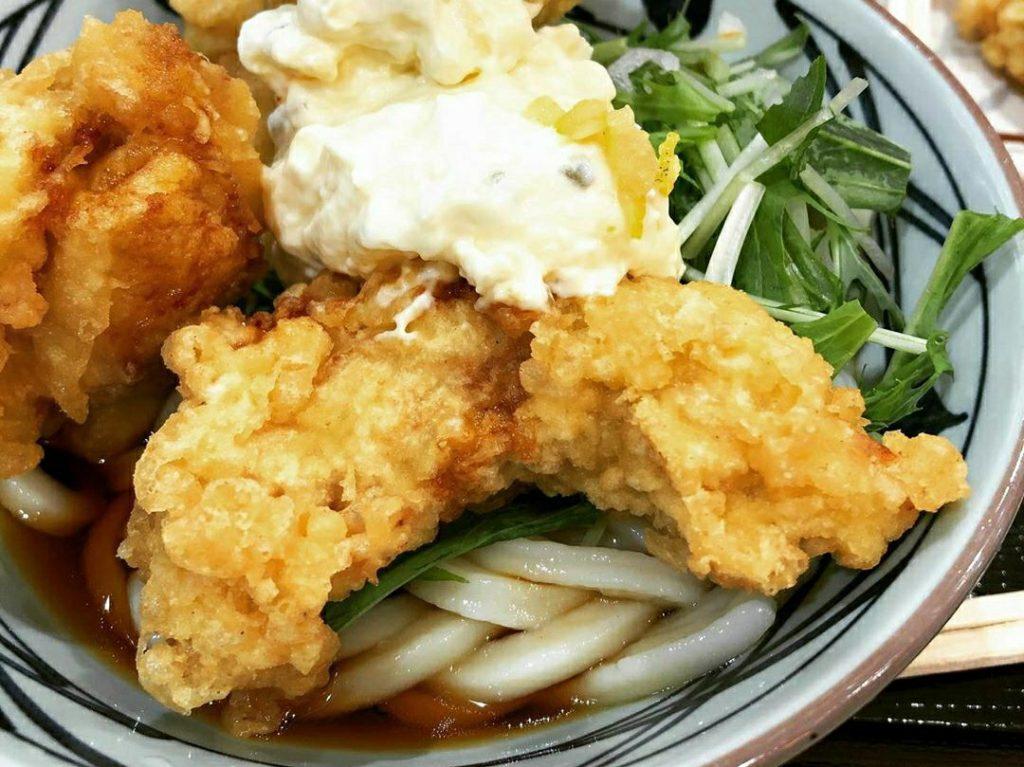 丸亀製麺のタル鶏天ぶっかけをたべてきた。【うどん総選挙1位!】カロリーは恐怖!