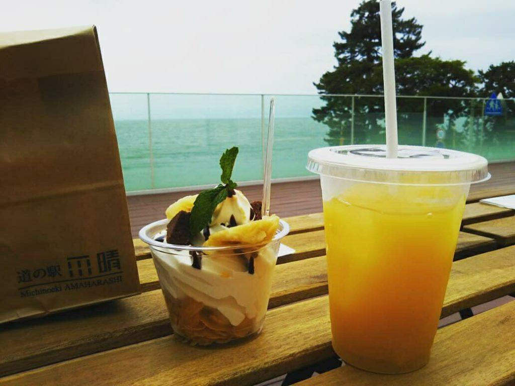 道の駅雨晴Cafe ISOMI TERRACE
