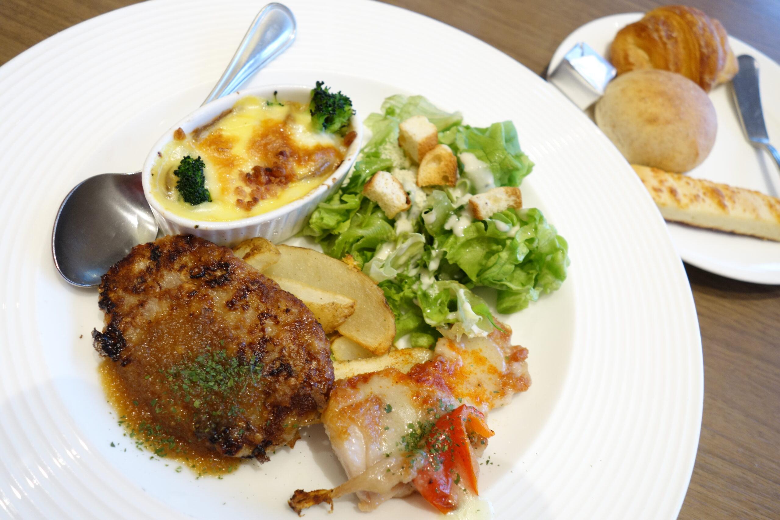 【バゲット】@イオンモール高岡店でパン食べ放題ランチを楽しむ。