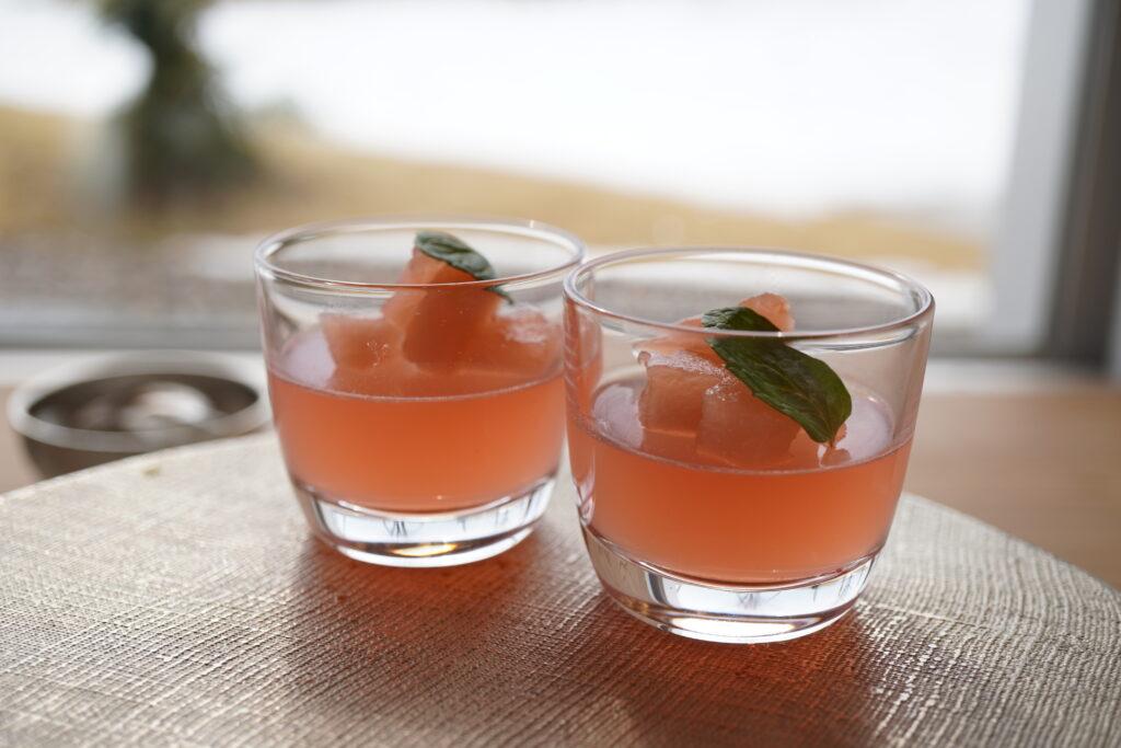 ダークチェリーのパウンドケーキ 苺のババロア 生チョコ ティラミス 国吉りんごのコンポート
