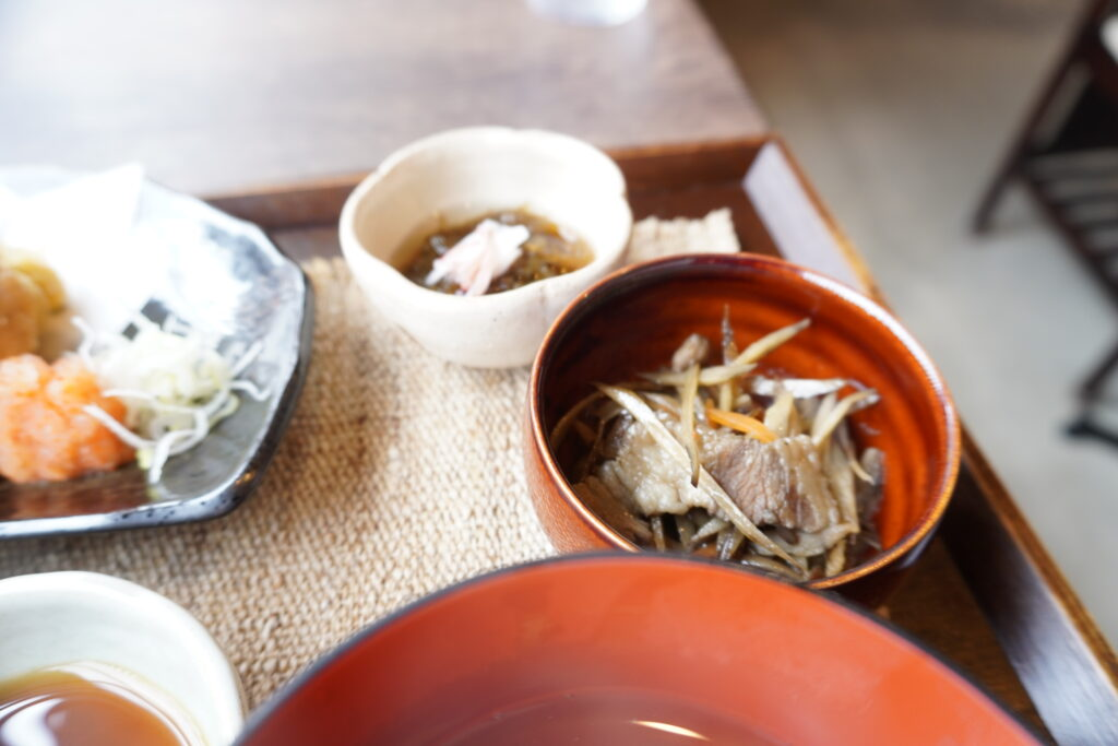 【 お食事処 ゆづら 】金屋町にある古民家料理屋でランチに舌鼓。外観が素敵!!