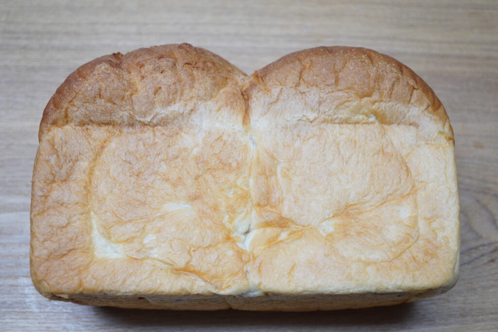 こんな場所に?氷見の【 ハートアンドグリーン 】のパンが安くてほっとする旨さ。